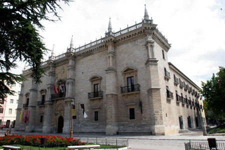 The socio-economic contribution of the University of Valladolid